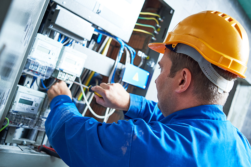 Become An Electrician in Peterborough Cambridgeshire